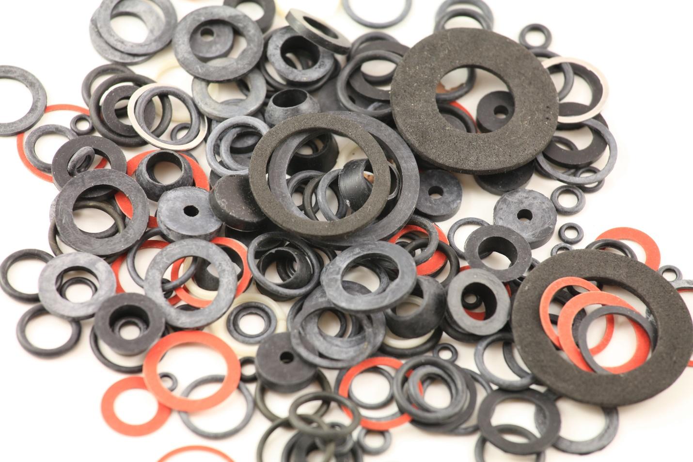 Black and Orange Sealing Rings
